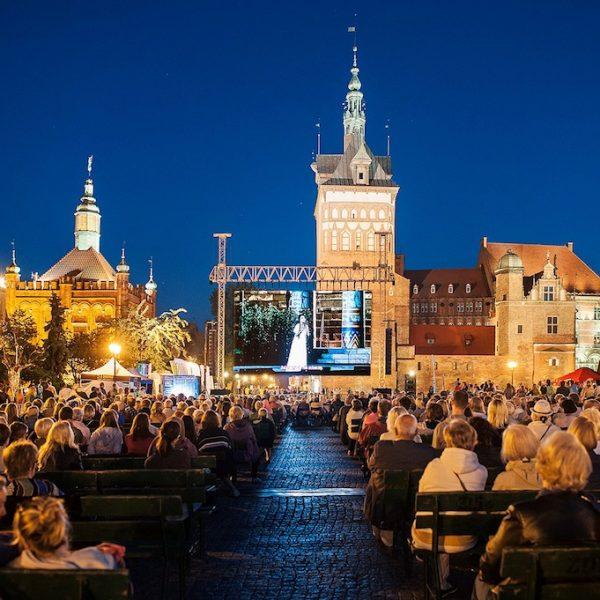 """Dzień z operą: poznaj Operę Bałtycką od kulis i zobacz """"Don Giovanniego"""" na Targu Węglowym"""