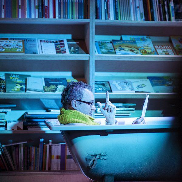 Czytamy w ciemnościach. Międzynarodowy Dzień Tłumacza w Gdańsku