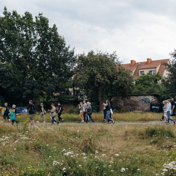 Ruszyła rejestracja na wiosenne spacery Lokalnych Przewodników i Przewodniczek